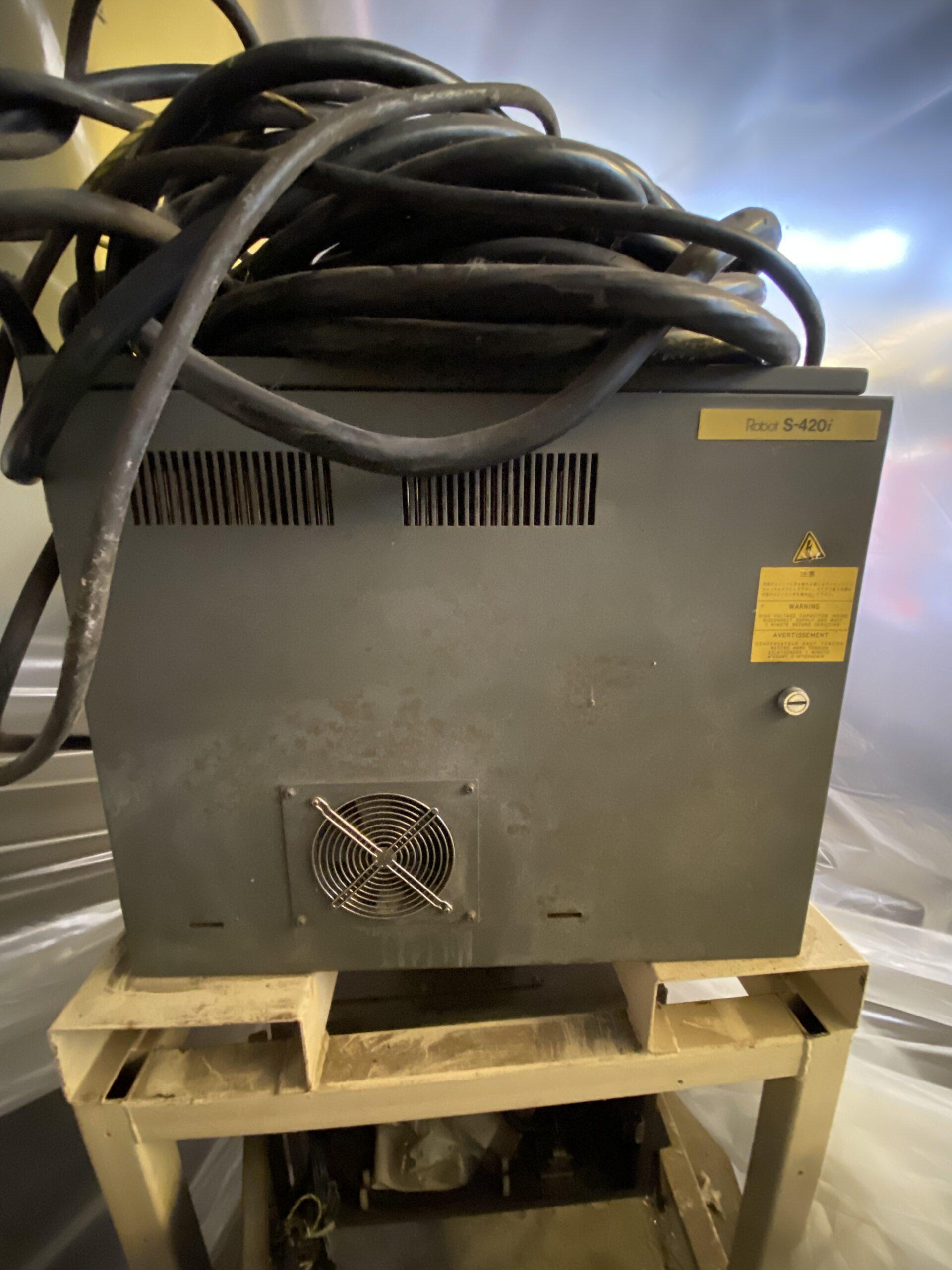 Used Fanuc S-420iW Robot #4292