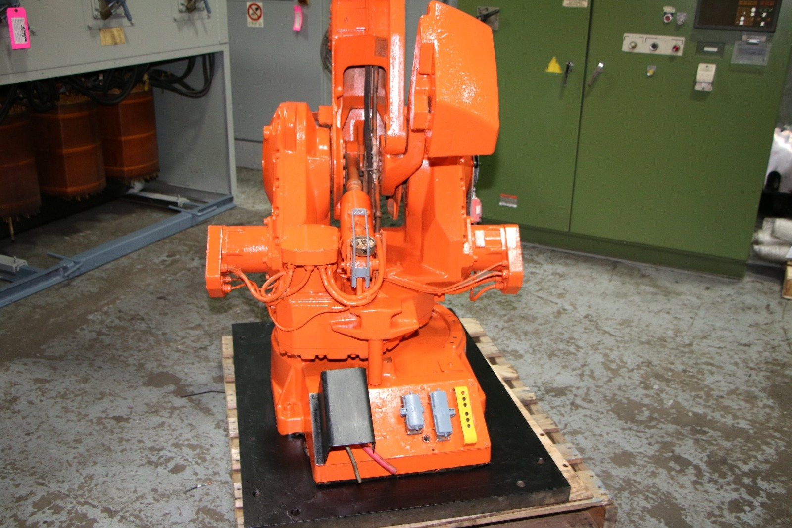 Used ABB 4400 Foundry Robot #4706