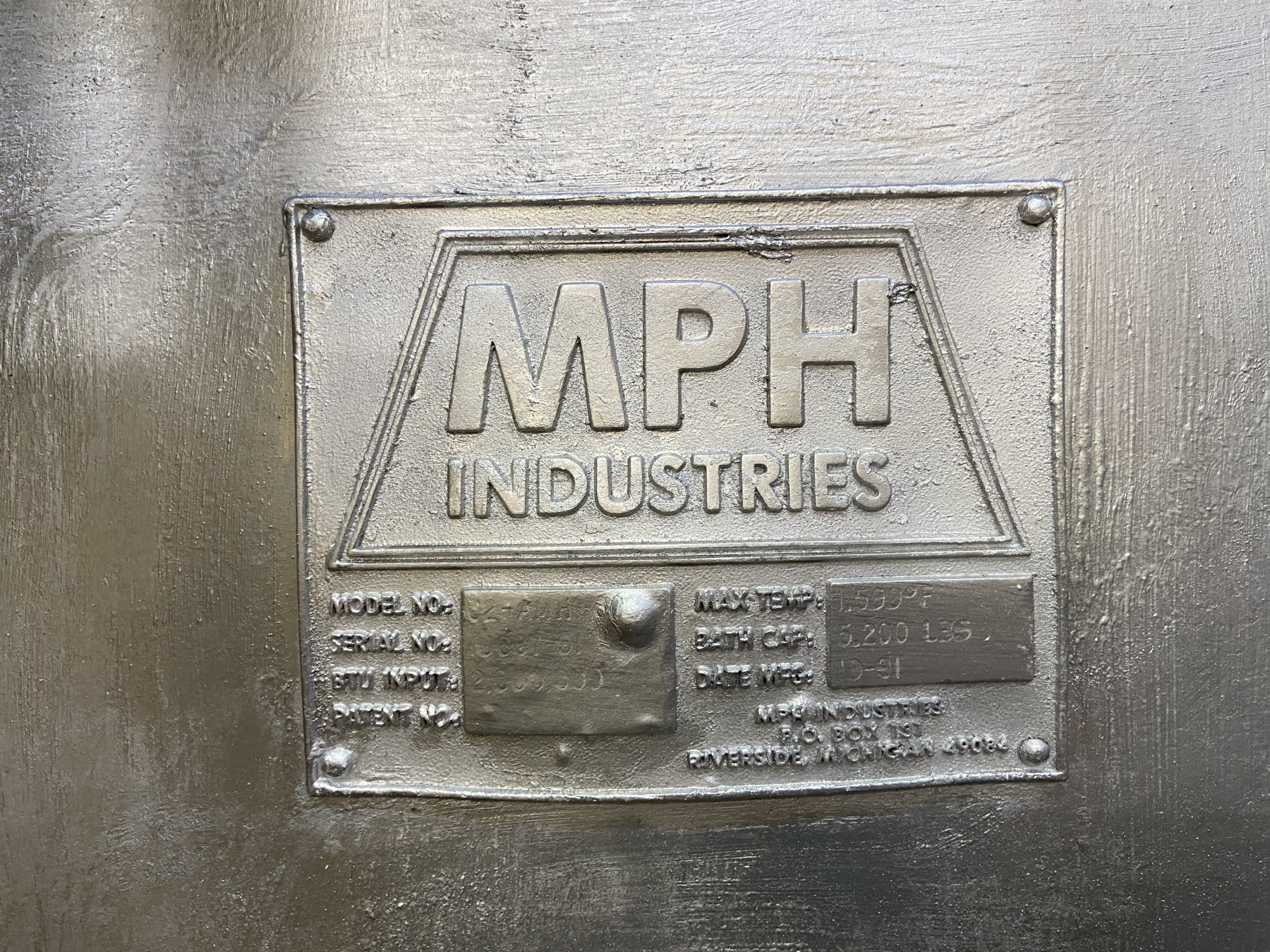 Used MPH Gas Melting and Holding Furnace #4781